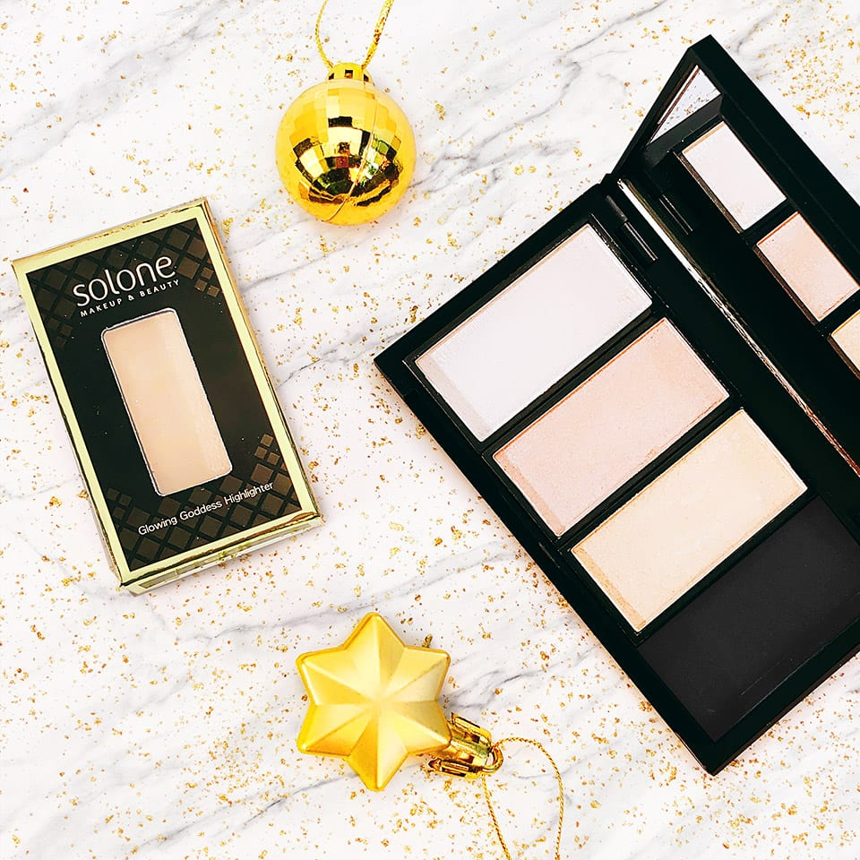Solone Glowing Goddess Highlighter style